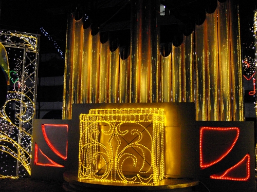 Automatic pipe organ (Xmas illumination)